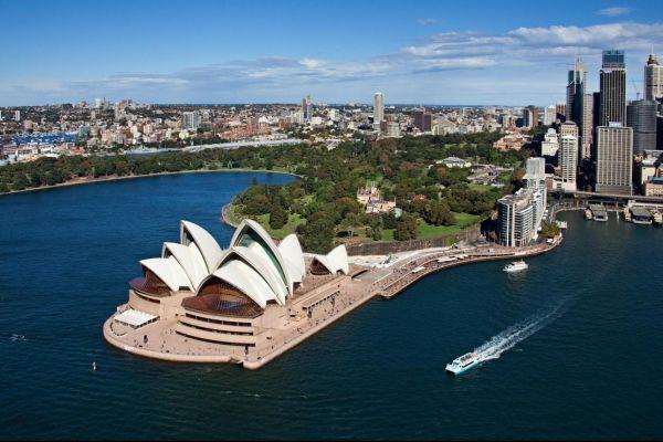 Vé máy bay đi Úc giá rẻ chỉ từ 135 USD