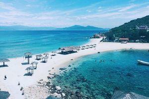 Vé máy bay đi Nha Trang bao nhiêu tiền?